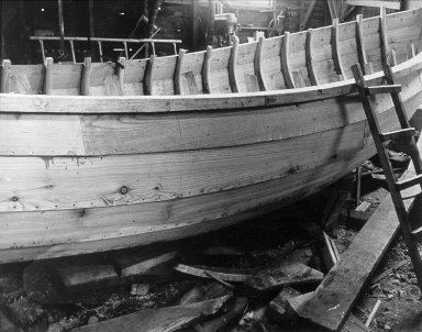 Coble Boat Builder